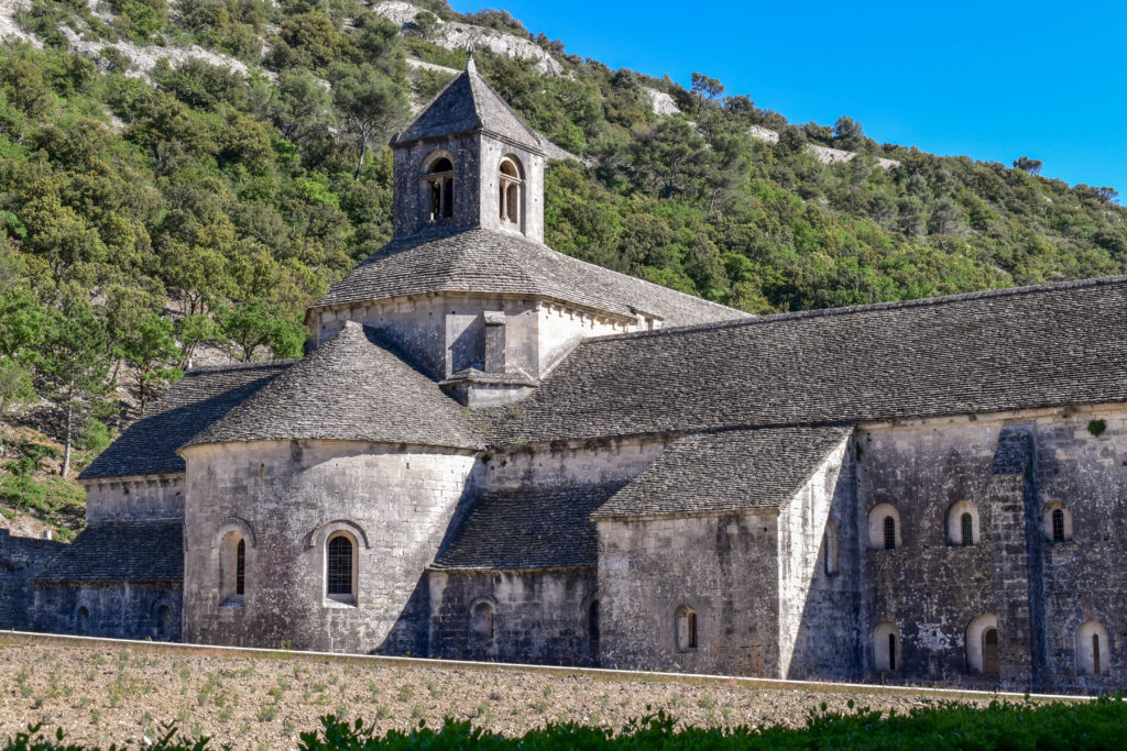Le clocher de l'abbaye de Senanque
