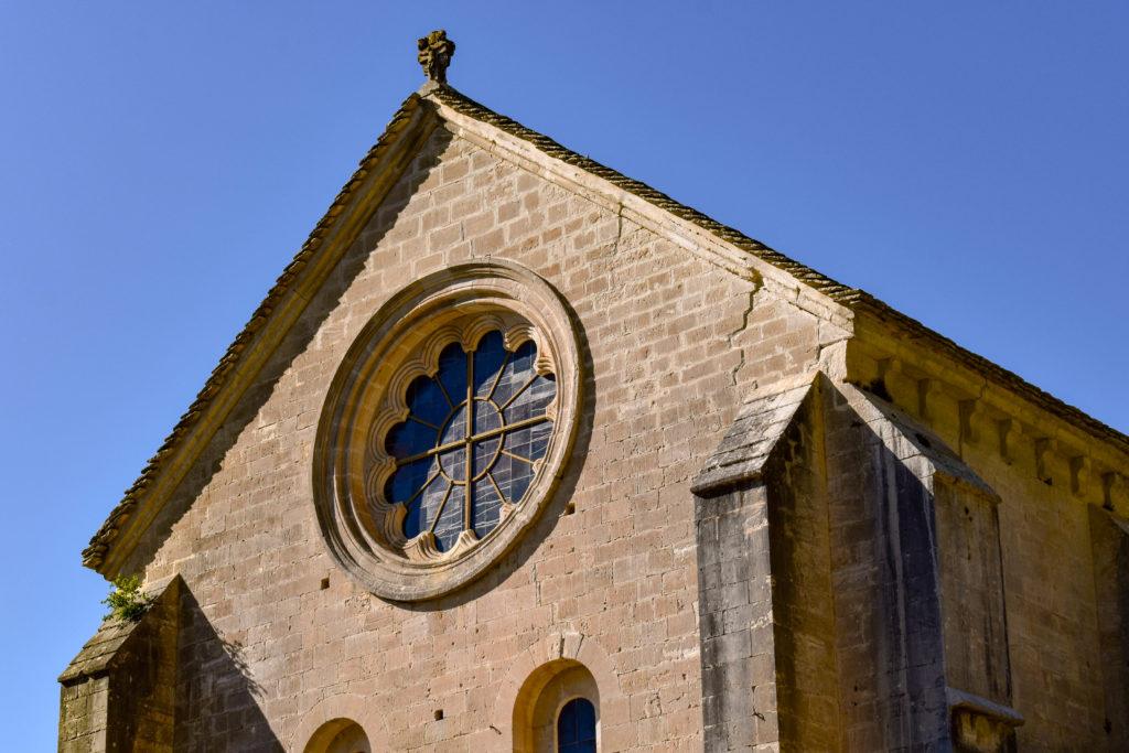 La façade de l'abbaye de Senanque